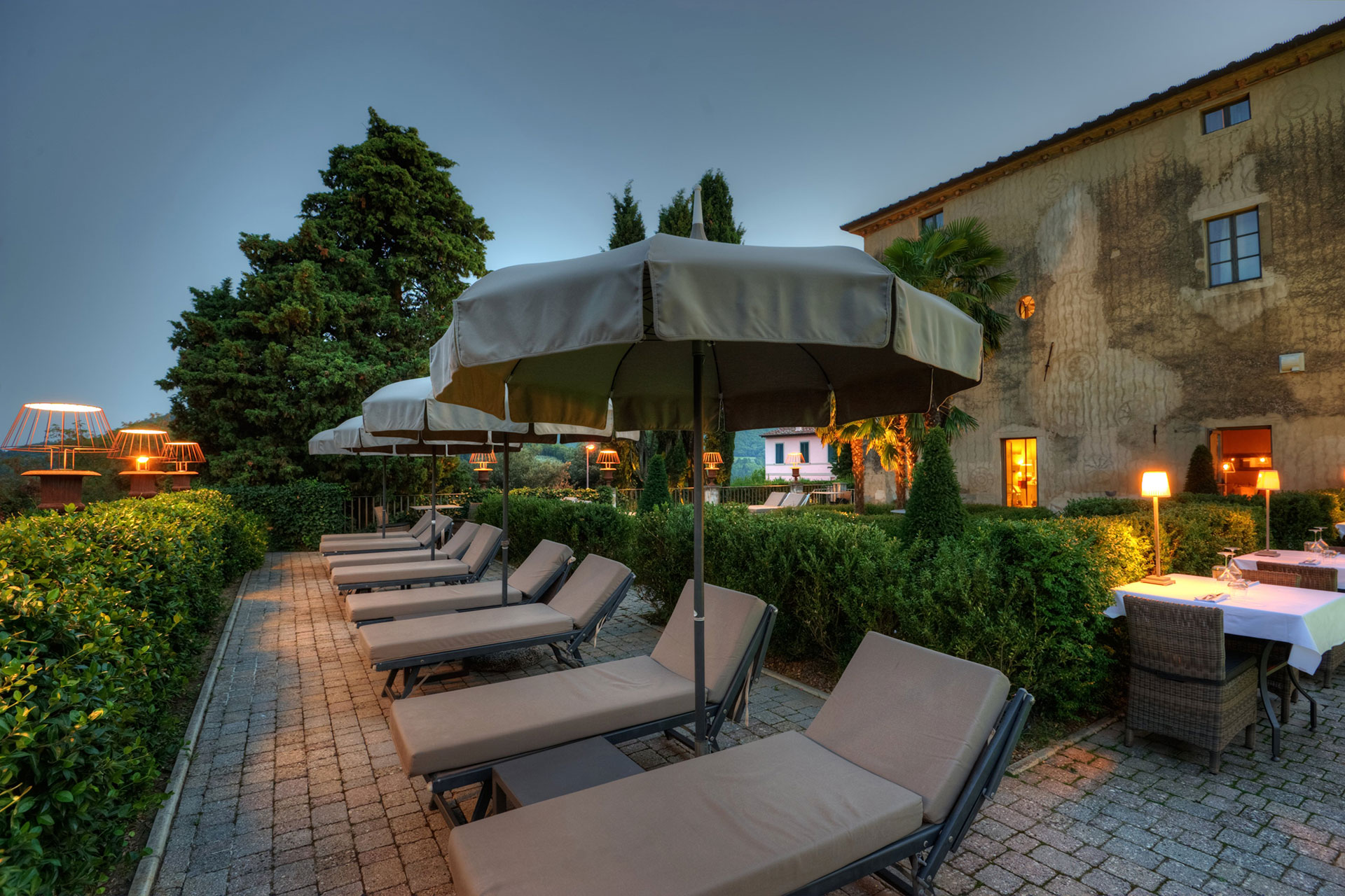 villa sassolini villa relais in chianti tuscany